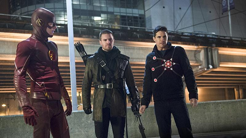 Grant Gustin, Stephen Amell, Robbie Amell/The CW