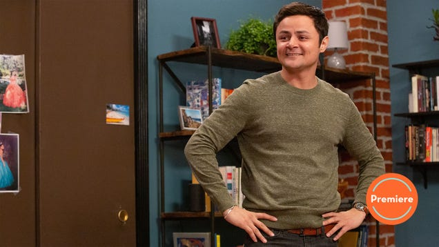 Alternatino With Arturo Castro finds relatable moments in even the most specific types of humor