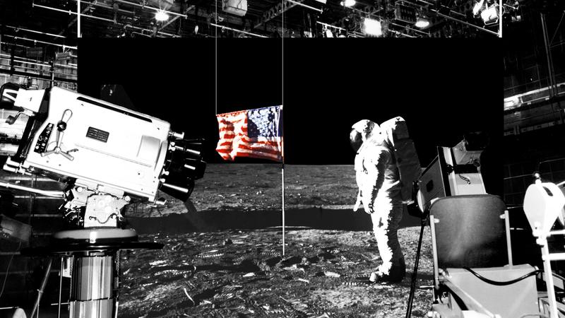 Illustration for article titled Cómo una broma se convirtió en la mayor y más absurda teoría de la conspiración: la llegada a la Luna fue mentira
