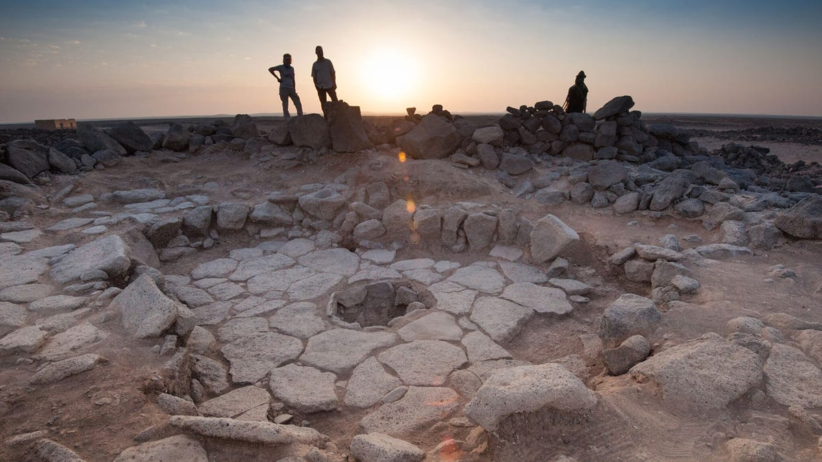 gizmodo.com - George Dvorsky - Discovery of 14,000-Year-Old Toast Suggests Bread Can Be Added to Paleo Diet