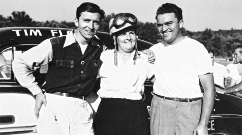 Illustration for article titled NASCAR's Ethel Mobley Proved That A Little Sibling Competition Goes A Long Way