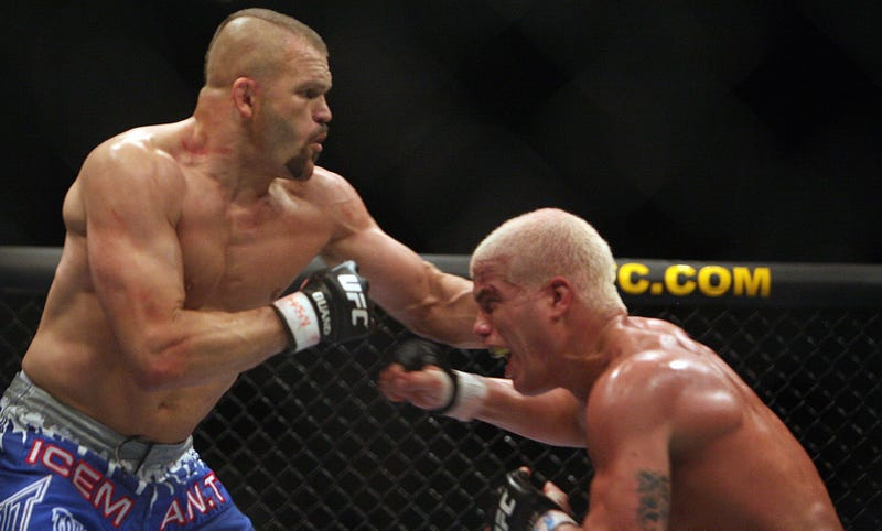 Illustration for article titled Chuck Liddell And Tito Ortiz Will Run It Back, For Some Reason