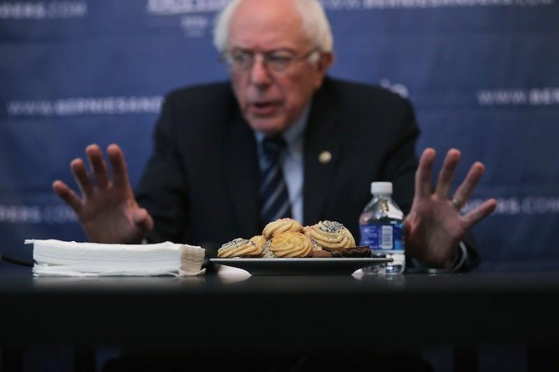 Bernie Sanders Adviser Says DNC Fed Them Staffer Who Stole Clinton Voter Files