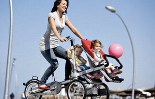 Illustration for article titled Taga Stroller/Bike Combo Might Launch Your Tots Into the Stratosphere