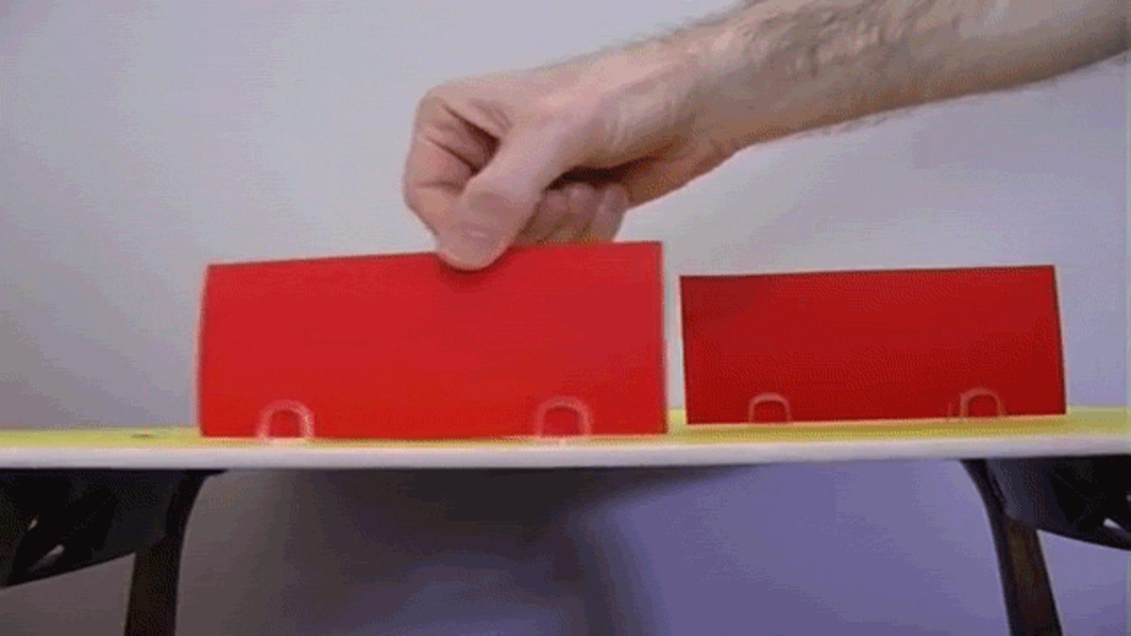 Cómo hacer una ingeniosa ilusión óptica con un cochecito de juguete