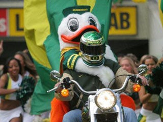 Illustration for article titled Ducks Commence Tailgate Over 12 Hours Before Gametime