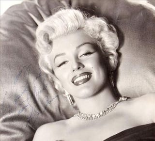Illustration for article titled The Unseen Marilyn Monroe Photos & Documents