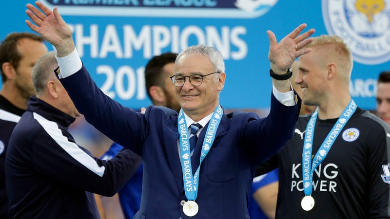 Illustration for article titled Claudio Ranieri, Everyone's Lovable Soccer Grandpa, Is Here To Save Fulham
