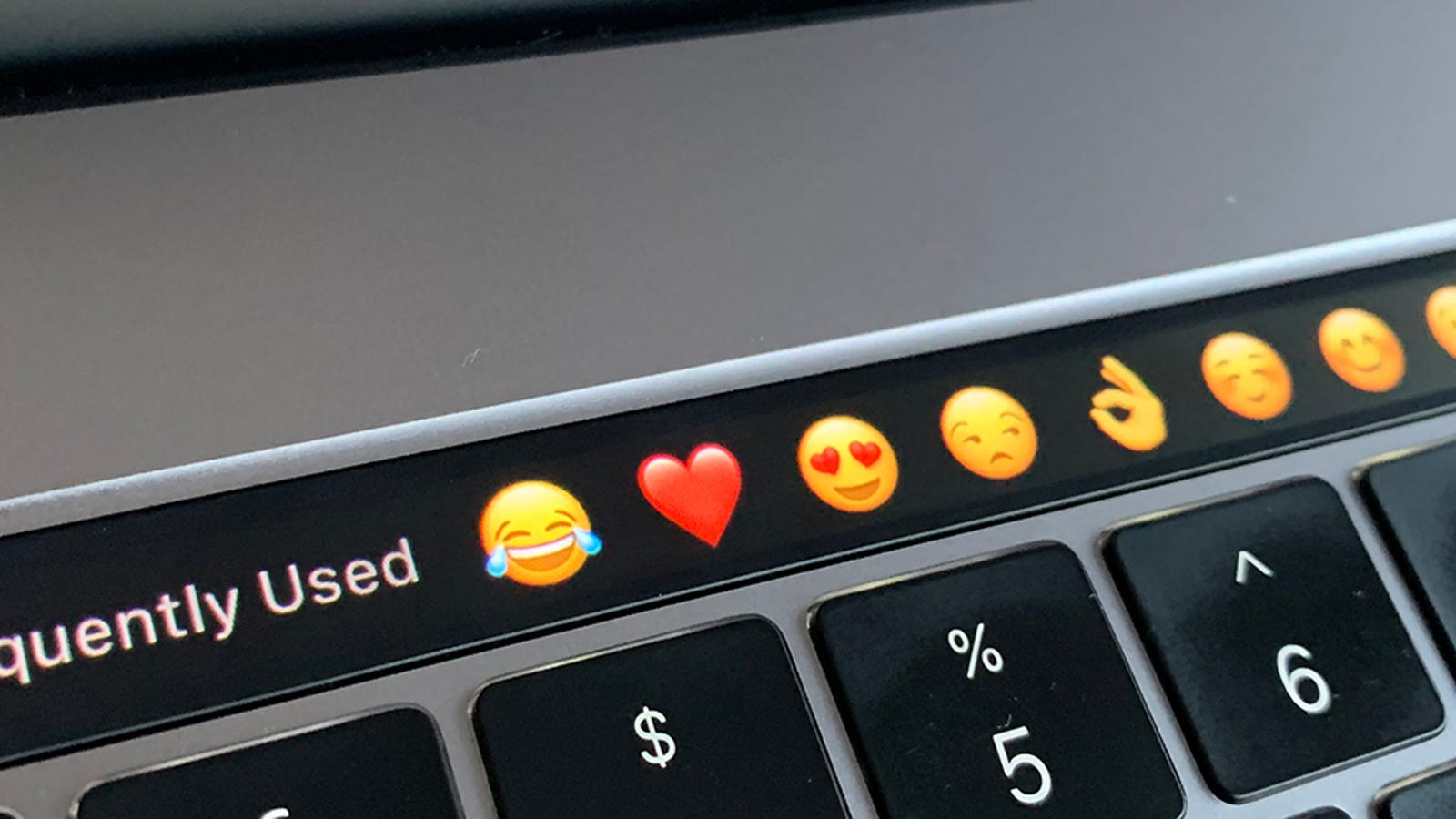 QnA VBage The Best macOS Apps That Actually Make Good Use of the Touch Bar