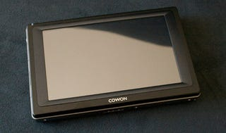 Illustration for article titled Cowon Q5W PMP Has Wi-Fi, Touchscreen, 60GB Storage, GPS