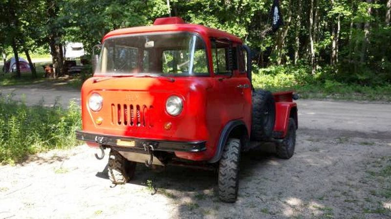 Illustration for article titled This 1965 Jeep FC170 Is Asking $8,000