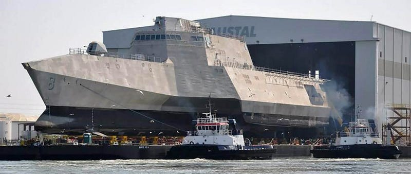 Illustration for article titled US Navy warships are really starting to look like Star Destroyers