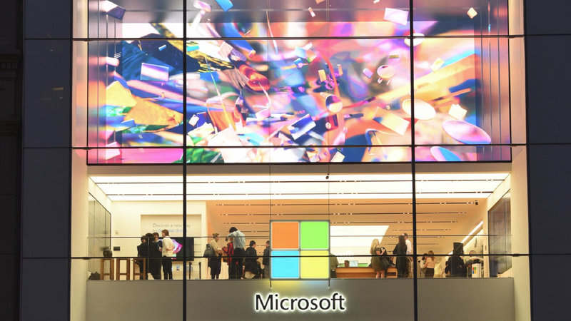 Illustration for article titled Microsoft Reportedly in Talks With Walmart to Build Checkout-Free Stores Like Amazon Go