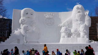 Illustration for article titled The Cutest, Coolest, and Coldest Snow Sculptures in Japan
