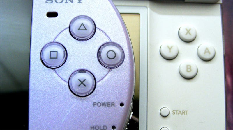 Illustration for article titled Nintendo, Sony Sued Over Handleld Wireless Technology