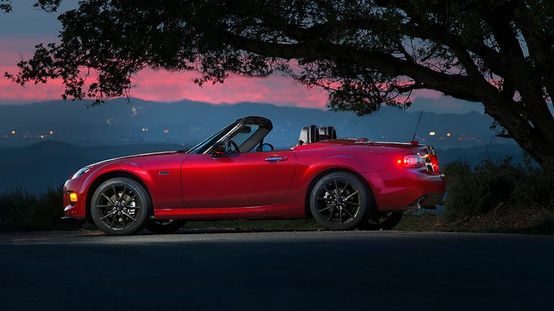Illustration for article titled Mazda Sold Out Its 100 Miata Anniversary Editions in 10 Minutes