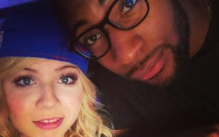 "Nickelodeon's iCarly co-star Jennette McCurdy and Detroit Pistons power forward Andre Drummond share a ""selfie.""INSTAGRAM"