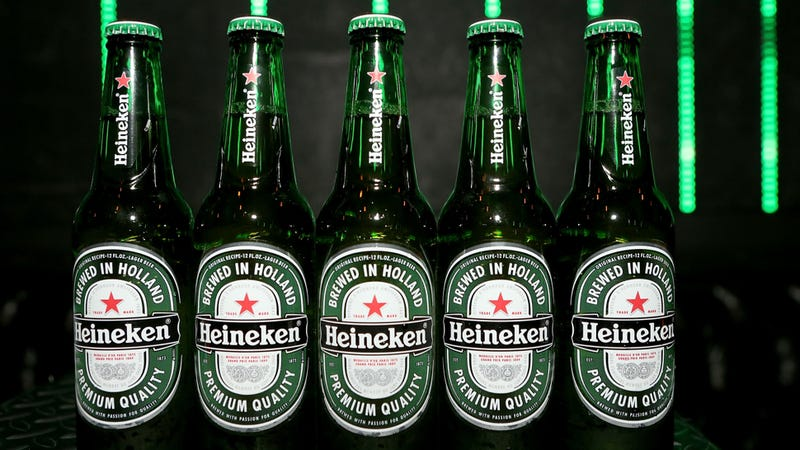 Illustration for article titled Thief Steals Entire Truck Full Of Delicious, Delicious Heineken