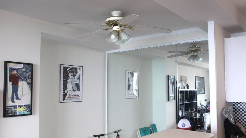 Illustration for article titled Ceiling Fan Transforms Apartment Without Air Conditioning Into Frosty Wonderland