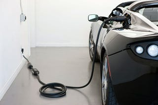 Illustration for article titled How Electric Cars Will Screw Tesla
