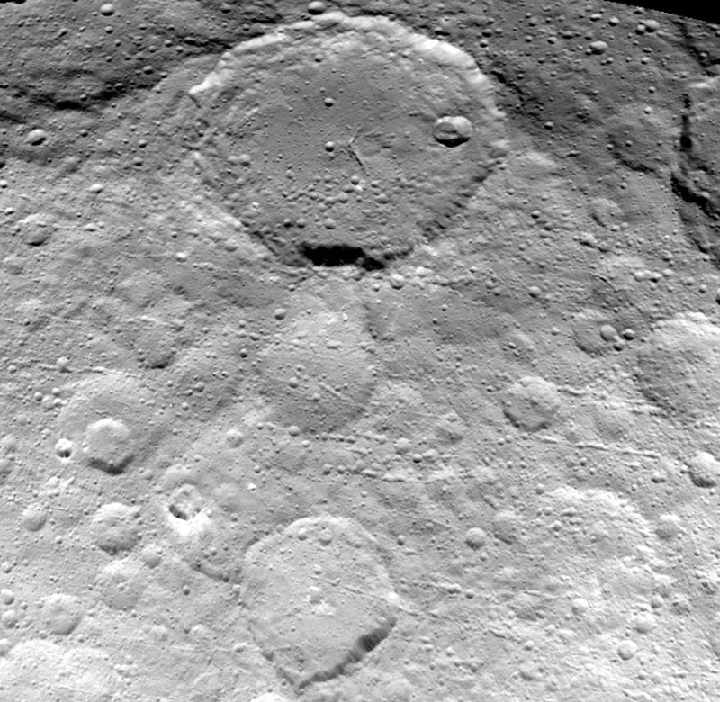 Illustration for article titled Our Closest View Yet Of Ceres' Pockmarked Surface