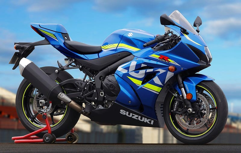 Illustration for article titled 2017 Suzuki GSX-R1000: Suzuki Is Back And Ready For Battle (Almost)