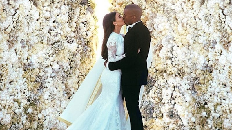 Illustration for article titled Kimye Spent Four Days Perfecting Their Instagram Wedding Photo