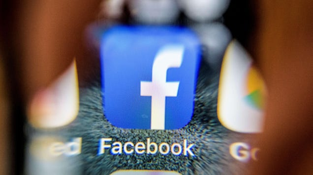 Facebook Admits Apple's iOS Privacy Updates Are Working