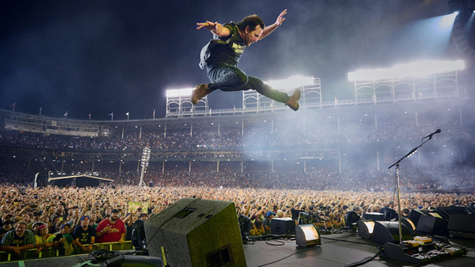 This Pearl Jam Concert Film Is Weirdly Also A Doc About
