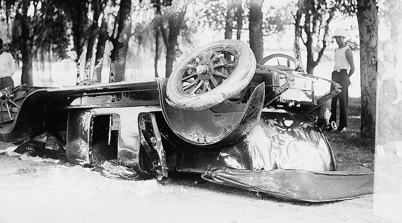 Illustration for article titled How the Automobile Became a Suicide Machine