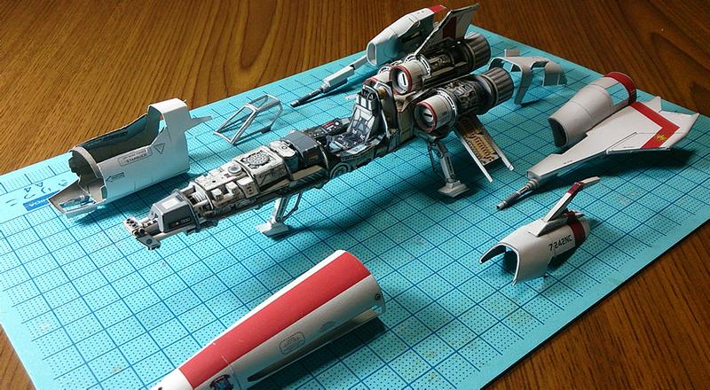 Illustration for article titled Las asombrosas naves espaciales de papel de un artista japonés