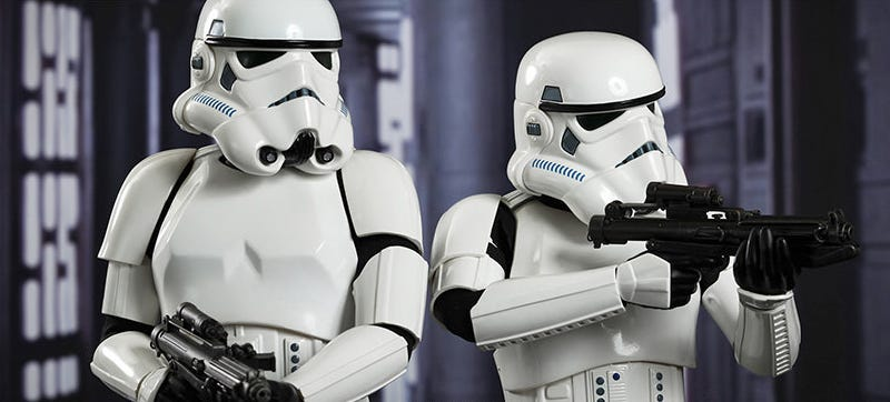 Illustration for article titled Of Course Even Hot Toys' Stormtrooper Figures Are Magnificently Detailed