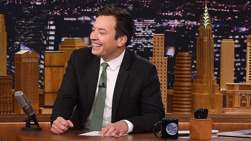 Illustration for article titled Jimmy Fallon Is Apparently That Guy at the Bar Who Plays '90s Music From His Phone