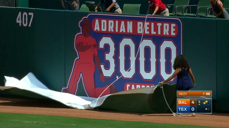 Illustration for article titled Adrián Beltré Smoked A Double For Career Hit Number 3,000