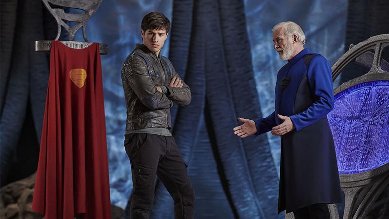 Seg-El, Superman's grandfather (Cameron Cuffe), and Val-El (Ian McElhinney) in Krypton.