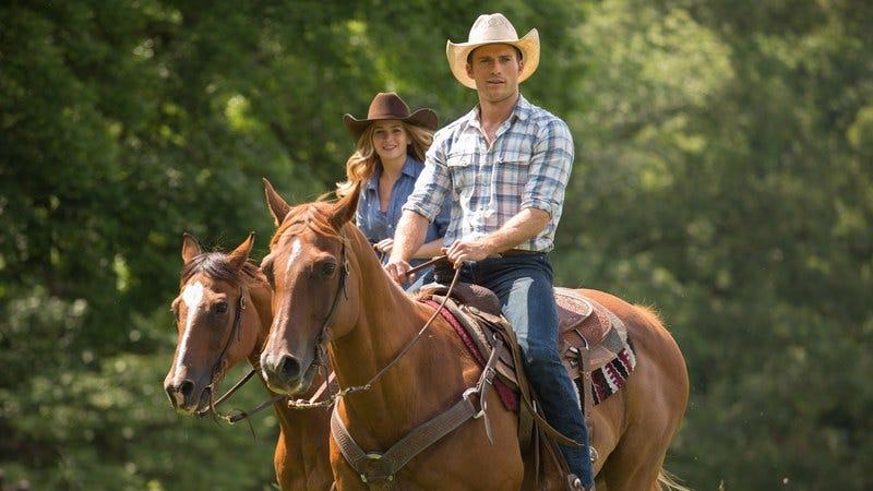 Illustration for article titled Nicholas Sparks takes one step forward, one step back with The Longest Ride