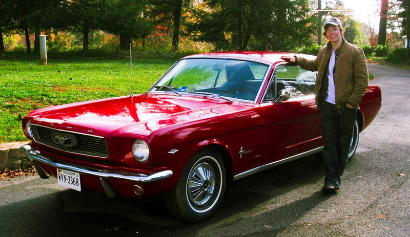 Illustration for article titled Why I Refuse To Fix Up My Secret 1966 Ford Mustang