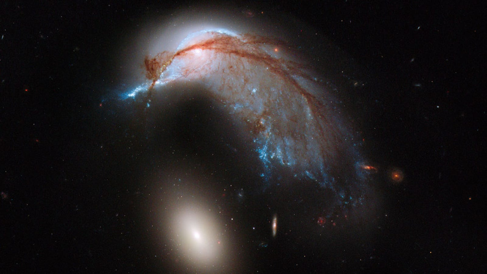 La imagen más nítida de dos enormes galaxias chocando