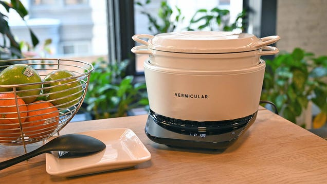 This Japanese Slow Cooker Is the Ultra-Precise, Overkill Crock-Pot of Your Fancy Kitchen Dreams