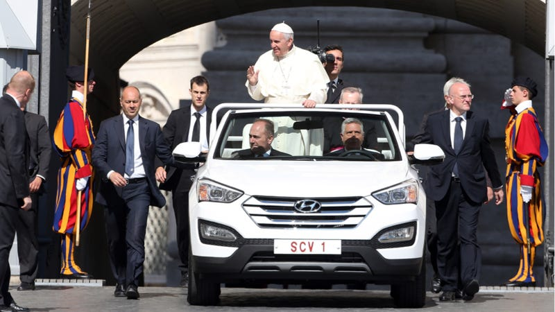 Illustration for article titled The New Cool Popemobile Is A Freaking Hyundai