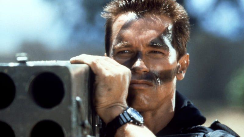 Illustration for article titled Arnold Schwarzenegger conducts surprise AMA, reveals hilarious rejected Commando scene