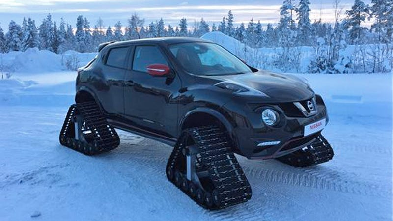 Illustration for article titled Nissan Juke Nismo On Treads Looks Like An Insane Snowmobile From Space