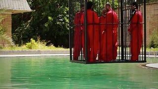 Illustration for article titled Pokoli gonoszsággal gyilkolnak a legfrissebb IS-videóban