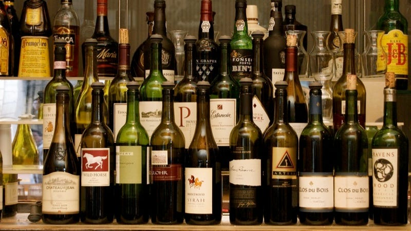 Determine How Much Booze You Need for Your Party With This Simple Formula