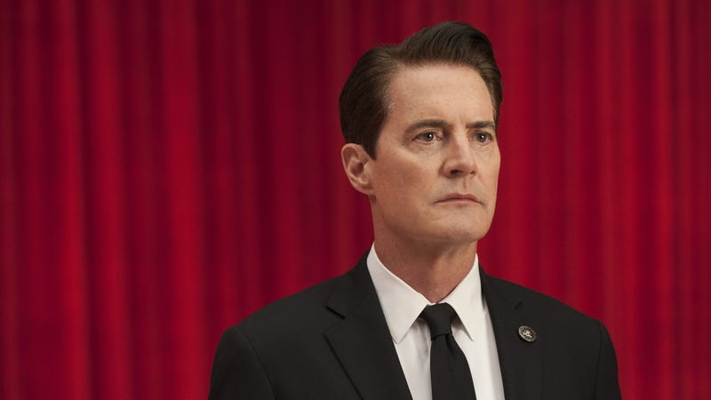 "Wendy's steps in, puts the ""Is Twin Peaks a movie?"" debate to rest"