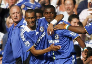 Illustration for article titled Kalou Saves Chelsea, Unbeaten At the Bridge For 85 Straight
