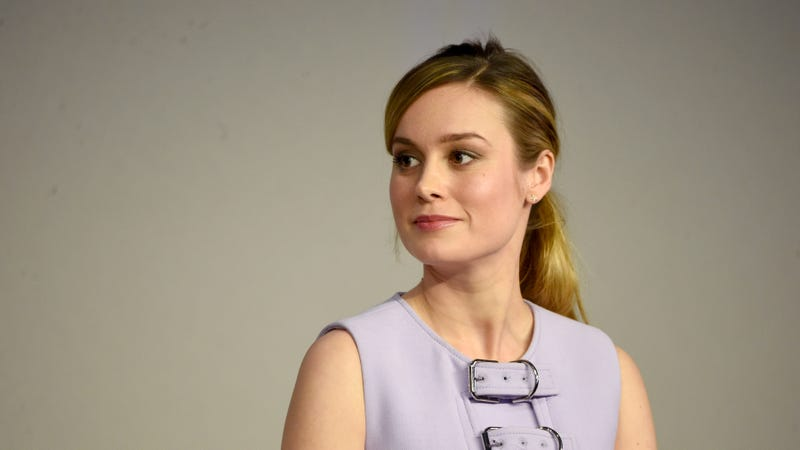 Green In brie larson is looking awfully green in captain marvel costume