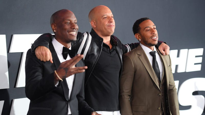 Illustration for article titled With Dwayne Johnson gone, the Fast And Furious 9 stars are all friends again