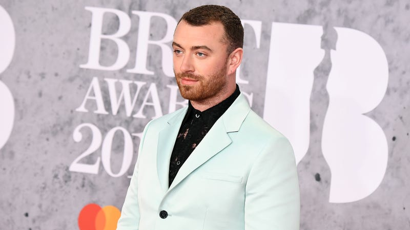 Illustration for article titled Sam Smith Says He Got Liposuction at Age 12 To Deal With His 'Feminine Body'
