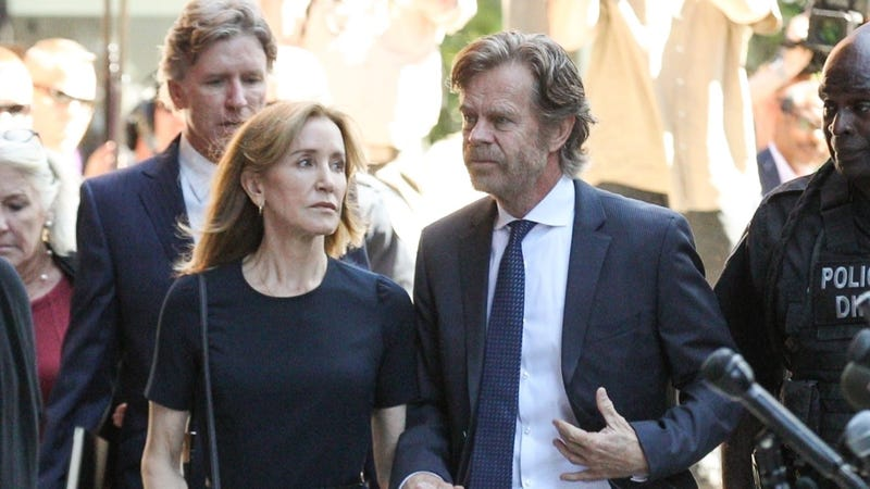 Illustration for article titled Felicity Huffman is Going to Jail